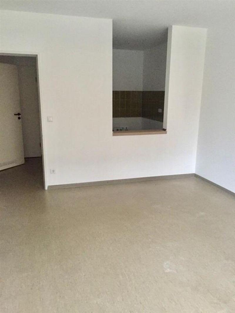 15 Zimmer Erdgeschosswohnung Mit Balkon Zur Miete In Hannover