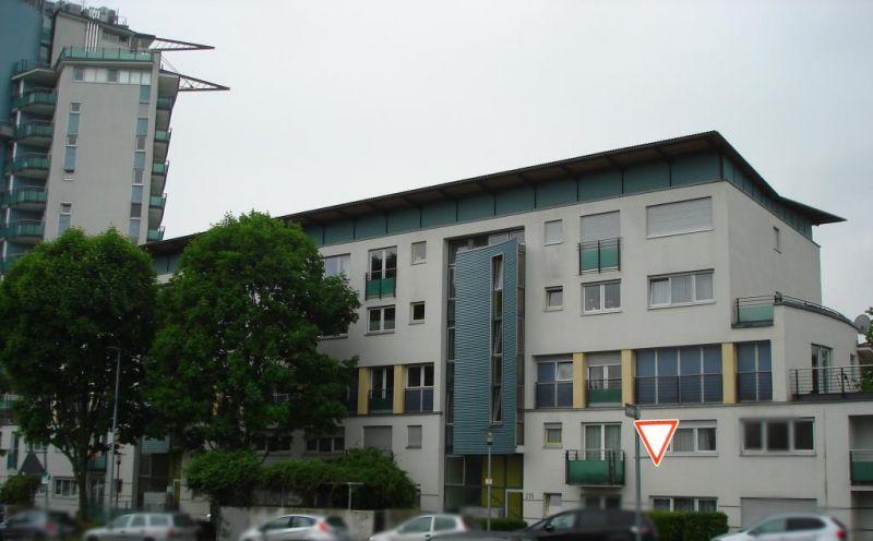 3 Zimmer Etagenwohnung Mit Balkon Zum Kauf In Stuttgart