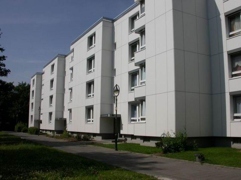 2 Zimmer Etagenwohnung Mit Balkon Zur Miete In Düsseldorf