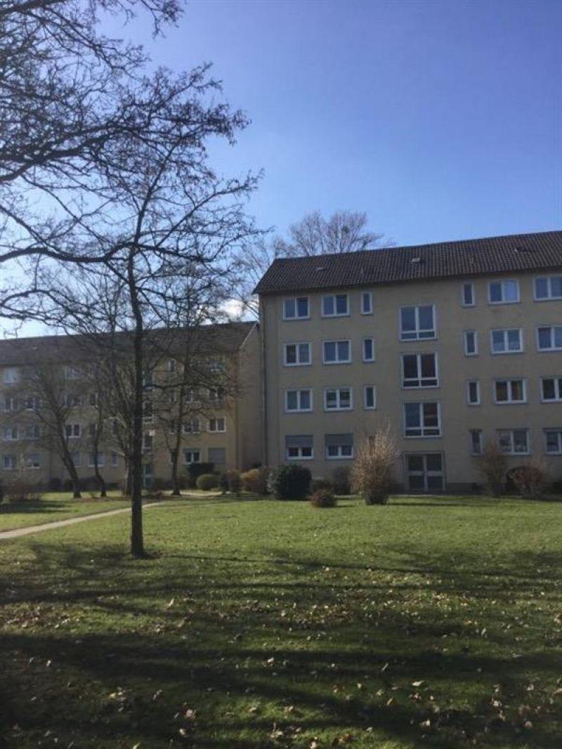 3-Zimmer-Erdgeschosswohnung mit Balkon zur Miete in Leverkusen ...
