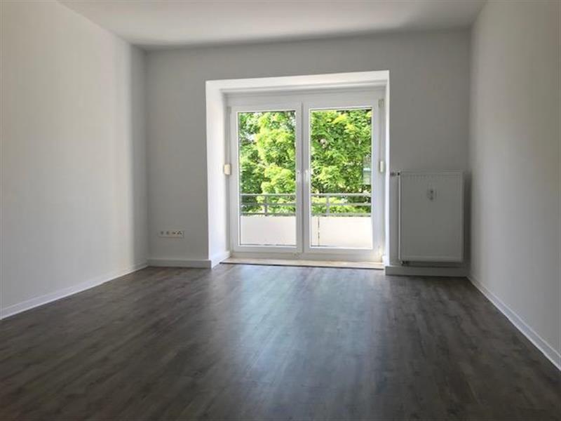 25 Zimmer Etagenwohnung Mit Balkon Zur Miete In Dachau