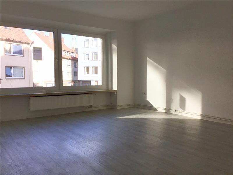3 zimmer etagenwohnung zur miete in hildesheim mitte. Black Bedroom Furniture Sets. Home Design Ideas