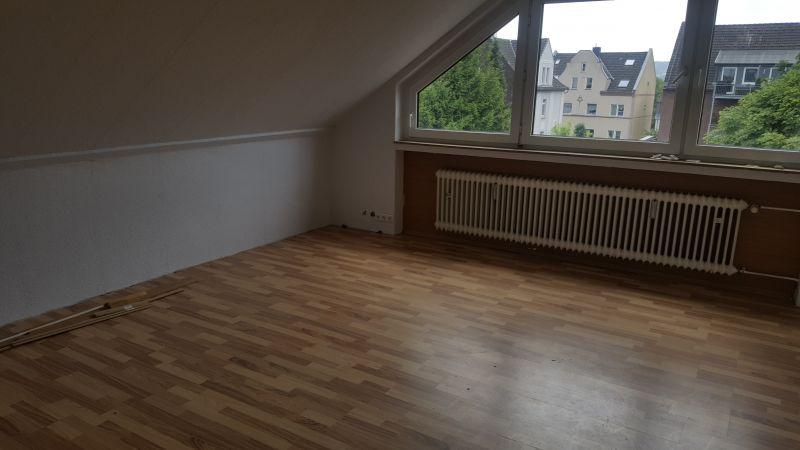 2 5 zimmer dachgeschosswohnung zur miete in hattingen. Black Bedroom Furniture Sets. Home Design Ideas