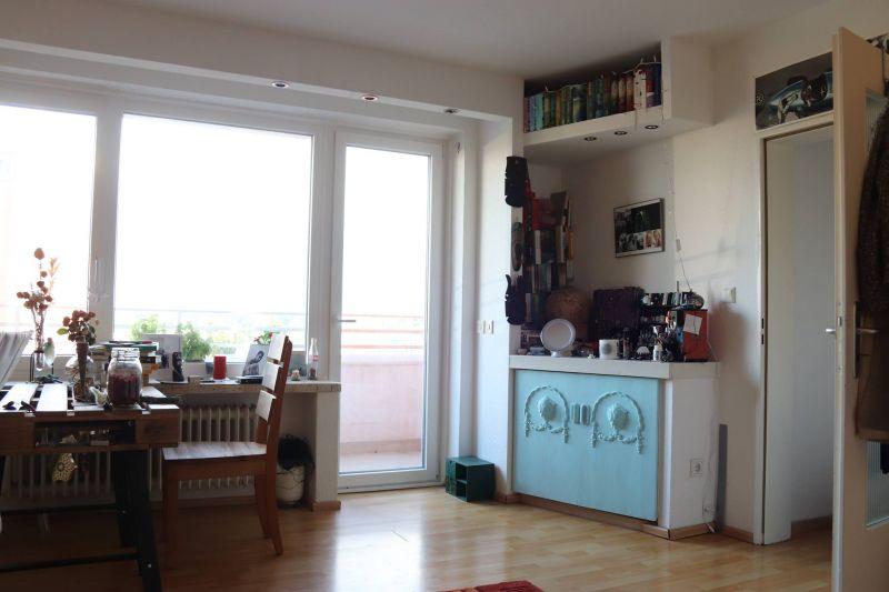 wohnung zur miete in elmshorn. Black Bedroom Furniture Sets. Home Design Ideas
