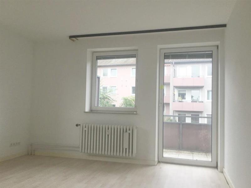2 Zimmer Etagenwohnung Mit Balkon Zur Miete In Wiesbaden