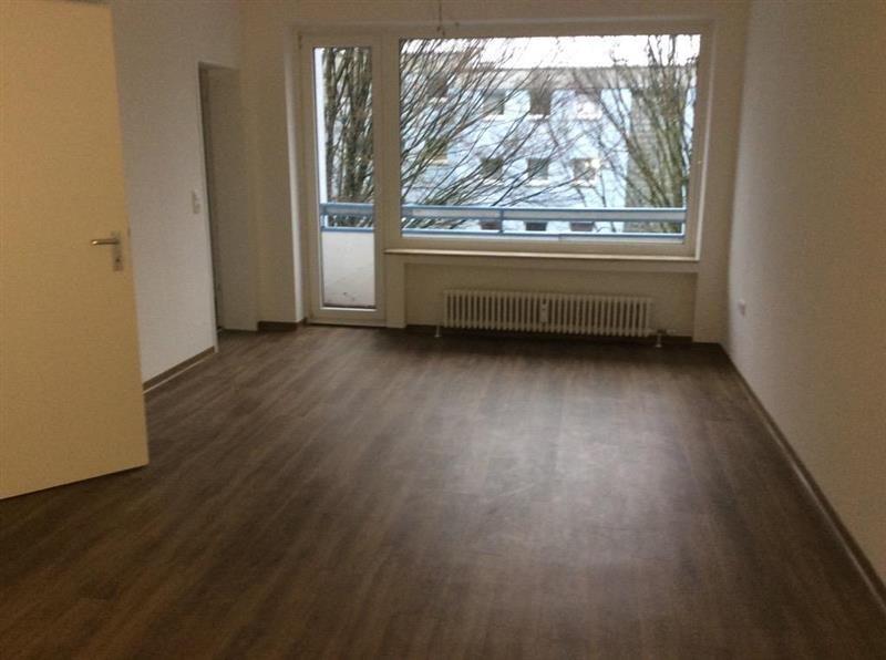 3 zimmer etagenwohnung mit balkon zur miete in aachen preuswald. Black Bedroom Furniture Sets. Home Design Ideas
