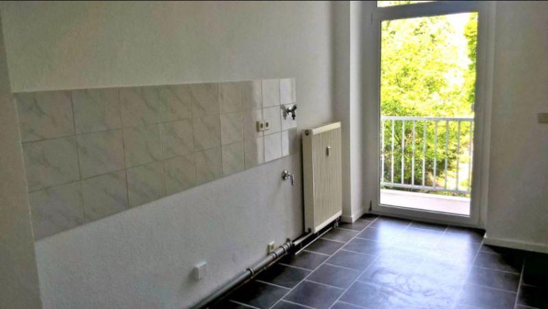 3 Zimmer Etagenwohnung Mit Balkon Zur Miete In Chemnitz
